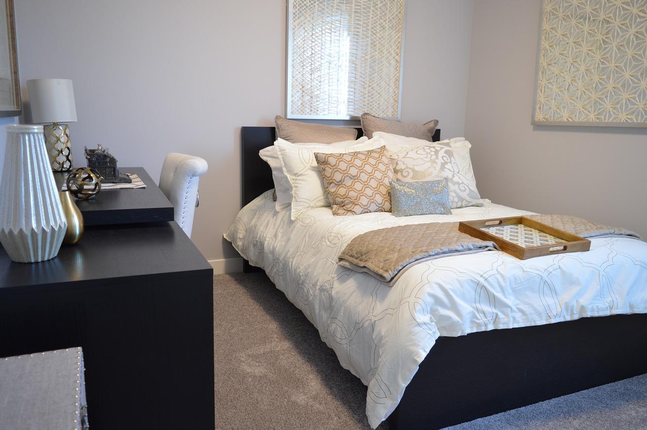 Komfort w sypialni to wygodne łóżko